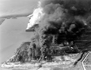 130418-texas-explosion-1947-hmed-630a.photoblog600